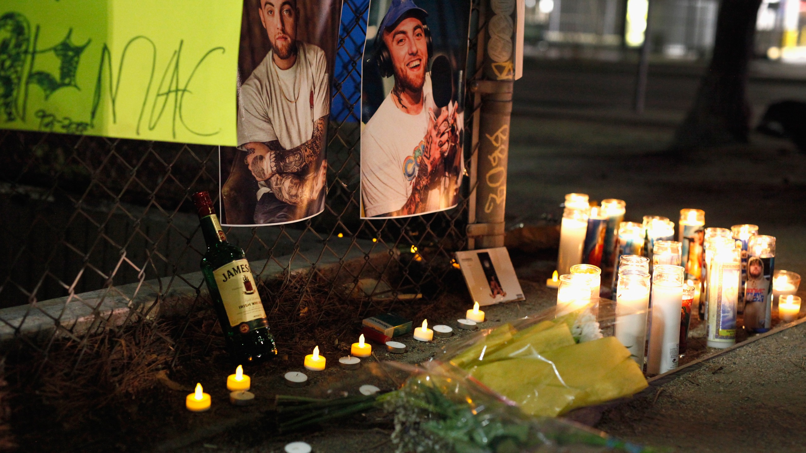 A makeshift memorial for late rapper Mac Miller appears at the corner of Fairfax and Melrose Avenues on Sept. 8, 2018 in Los Angeles. (Credit: Katharine Lotze/Getty Images)