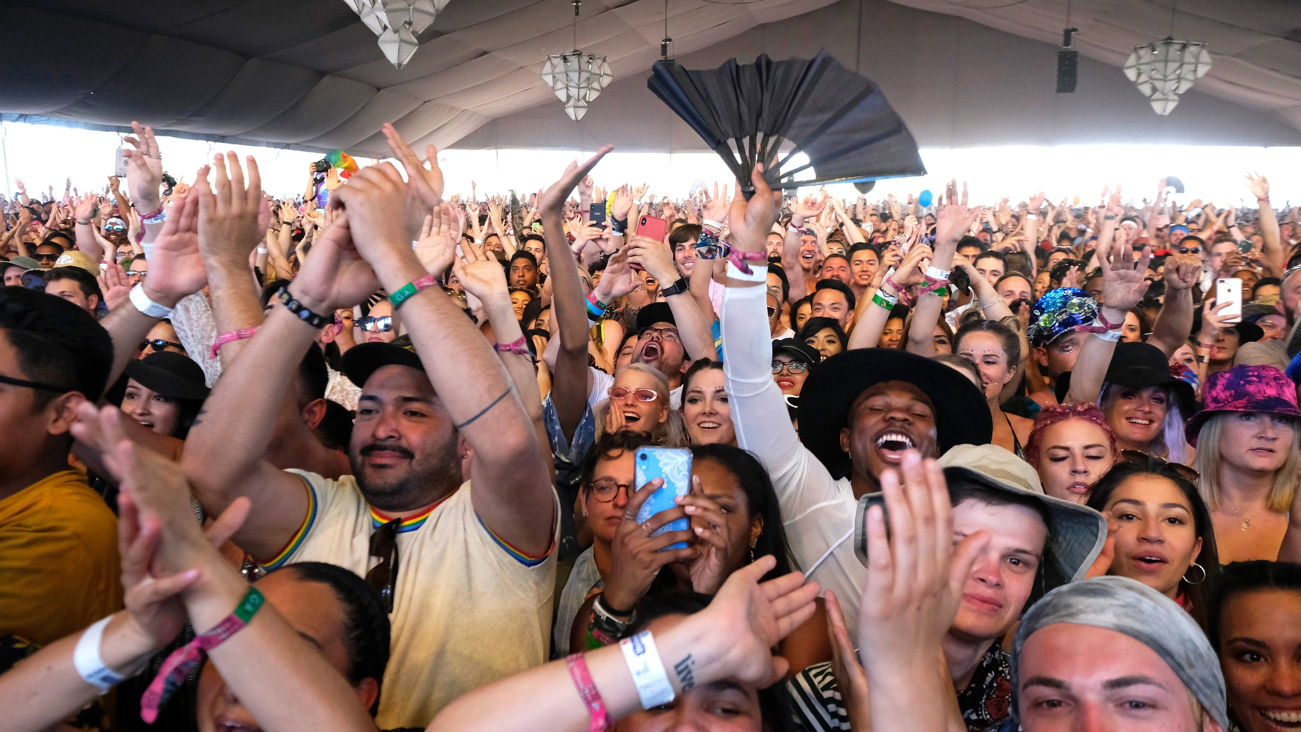 Festivalgoers watch Lizzo perform at Mojave Tent during the 2019 Coachella Valley Music And Arts Festival on April 21, 2019 in Indio. (Credit: Frazer Harrison/Getty Images)