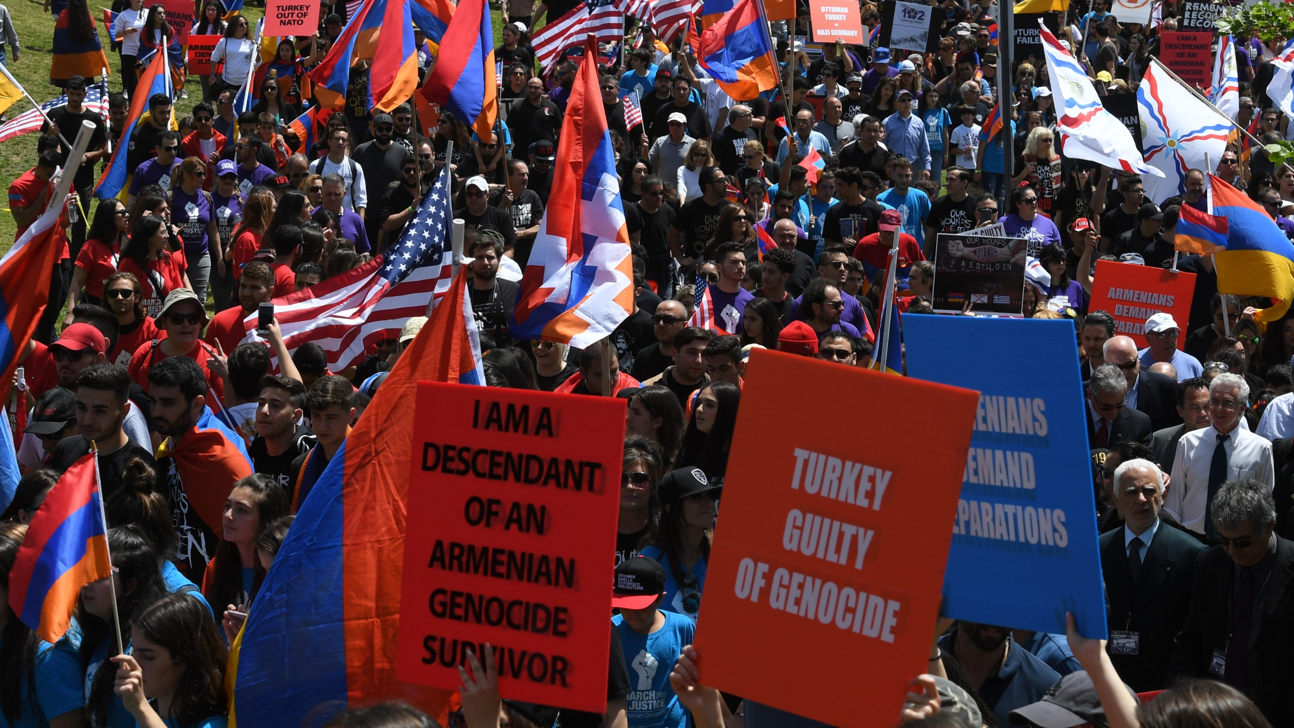 Thousands of members of the Armenian community march towards the Turkish Consulate on April 24, 2017, in Los Angeles, marking the 102nd anniversary of the Armenian genocide. (Credit: Mark Ralston/AFP/Getty Images)