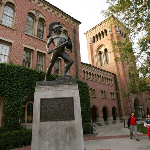 A statue of the school mascot, the Trojan, stands on the campus of the University of Southern California (USC) on March 6, 2007 in Los Angeles, California. (Credit: David McNew/Getty Images)