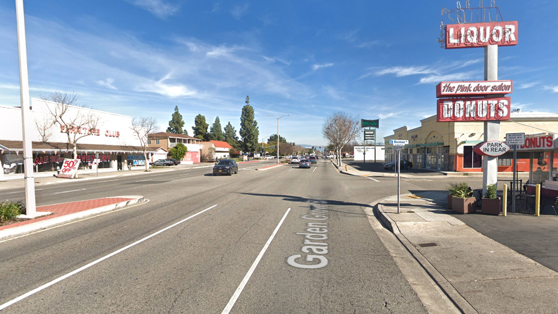 The intersection of Garden Grove Boulevard and Benton Street in Garden Grove, as viewed in a Google Street View image.