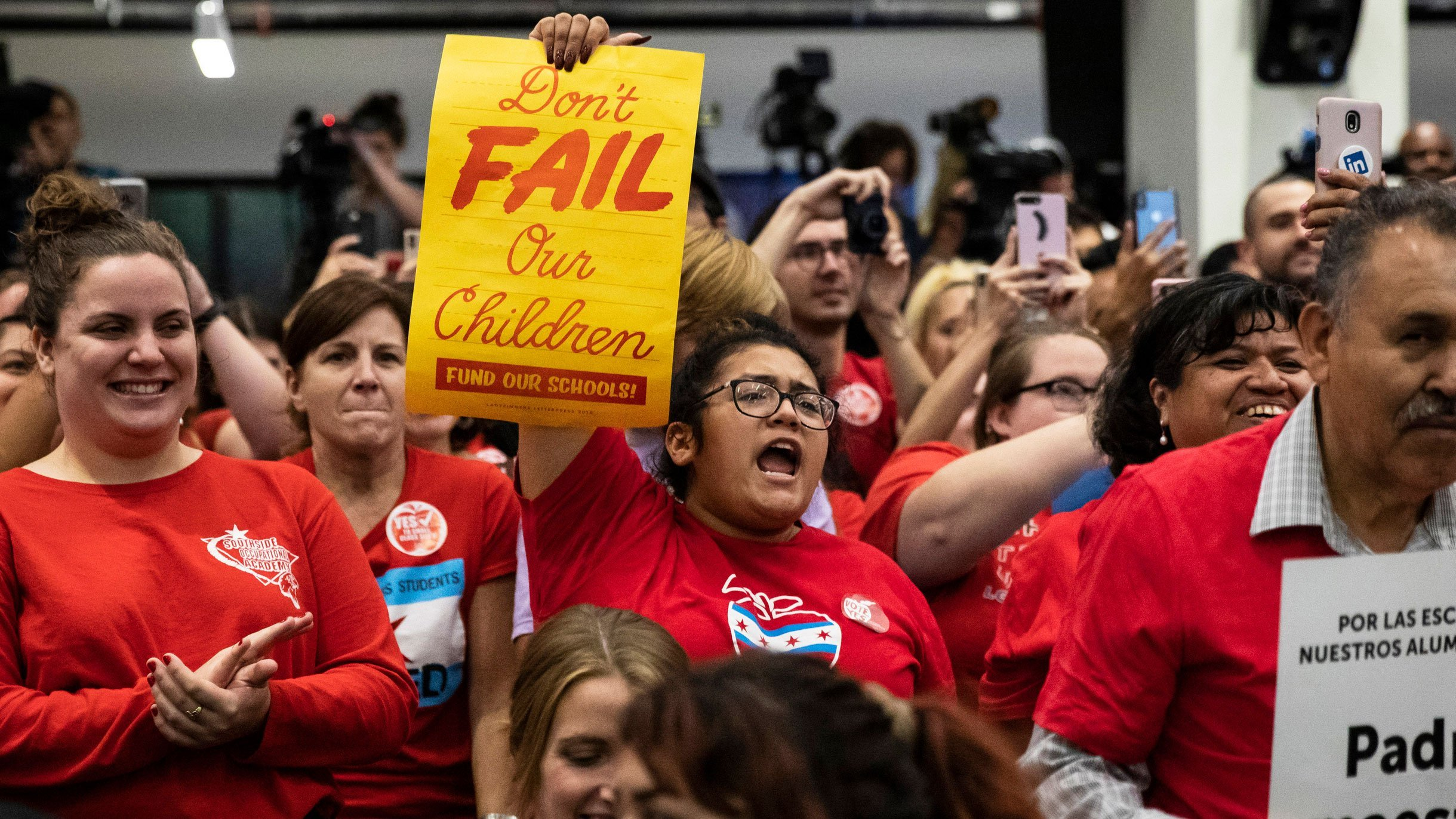 Educators rallied at the Chicago Teachers Union headquarters last month as CPU braced for a strike. (Credit: Ashlee Rezin Garcia/Chicago Sun-Times/AP via CNN Wire)