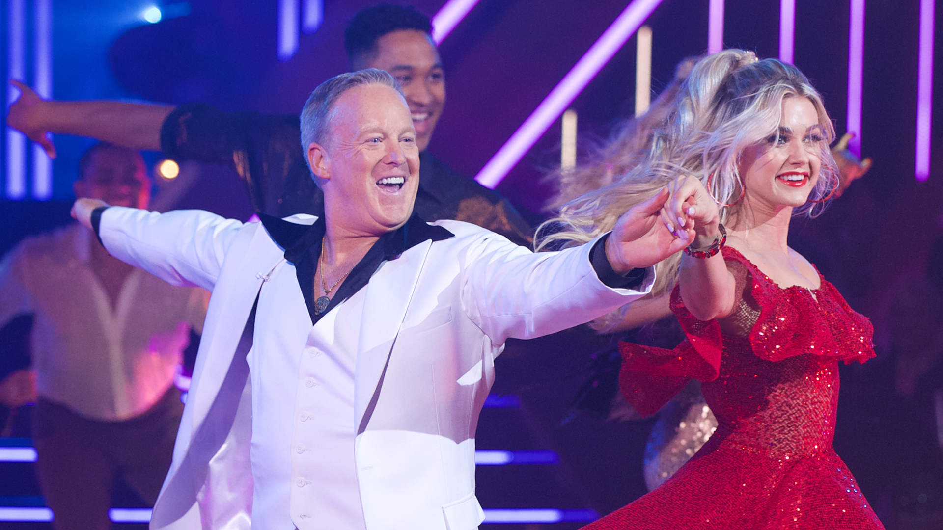 """Sean Spicer and Lindsay Arnold compete on """"Dancing with the Stars"""" on Sept. 30, 2019. (Credit: Eric McCandless/ABC via Getty Images)"""