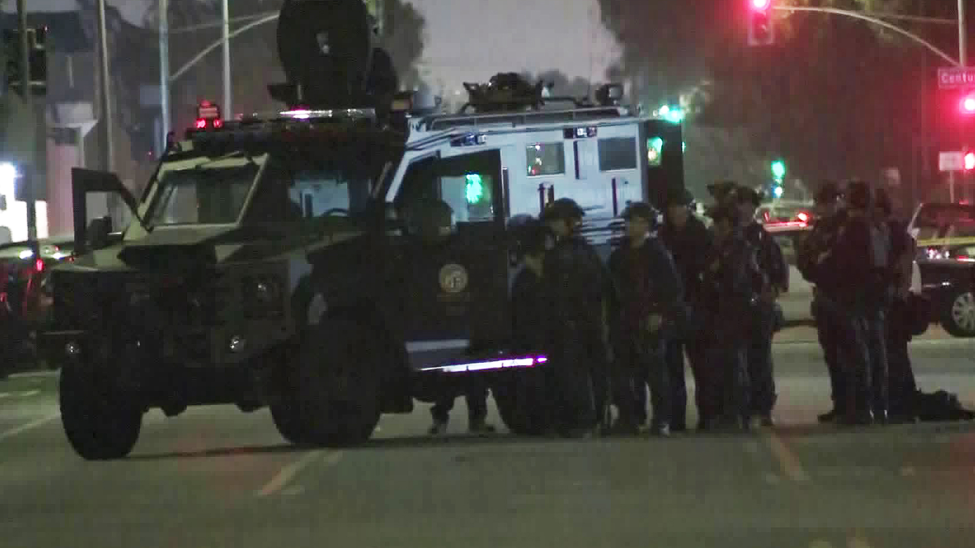 A SWAT team responds to a barricade situation in South Los Angeles on Oct. 14, 2019. (Credit: KTLA)