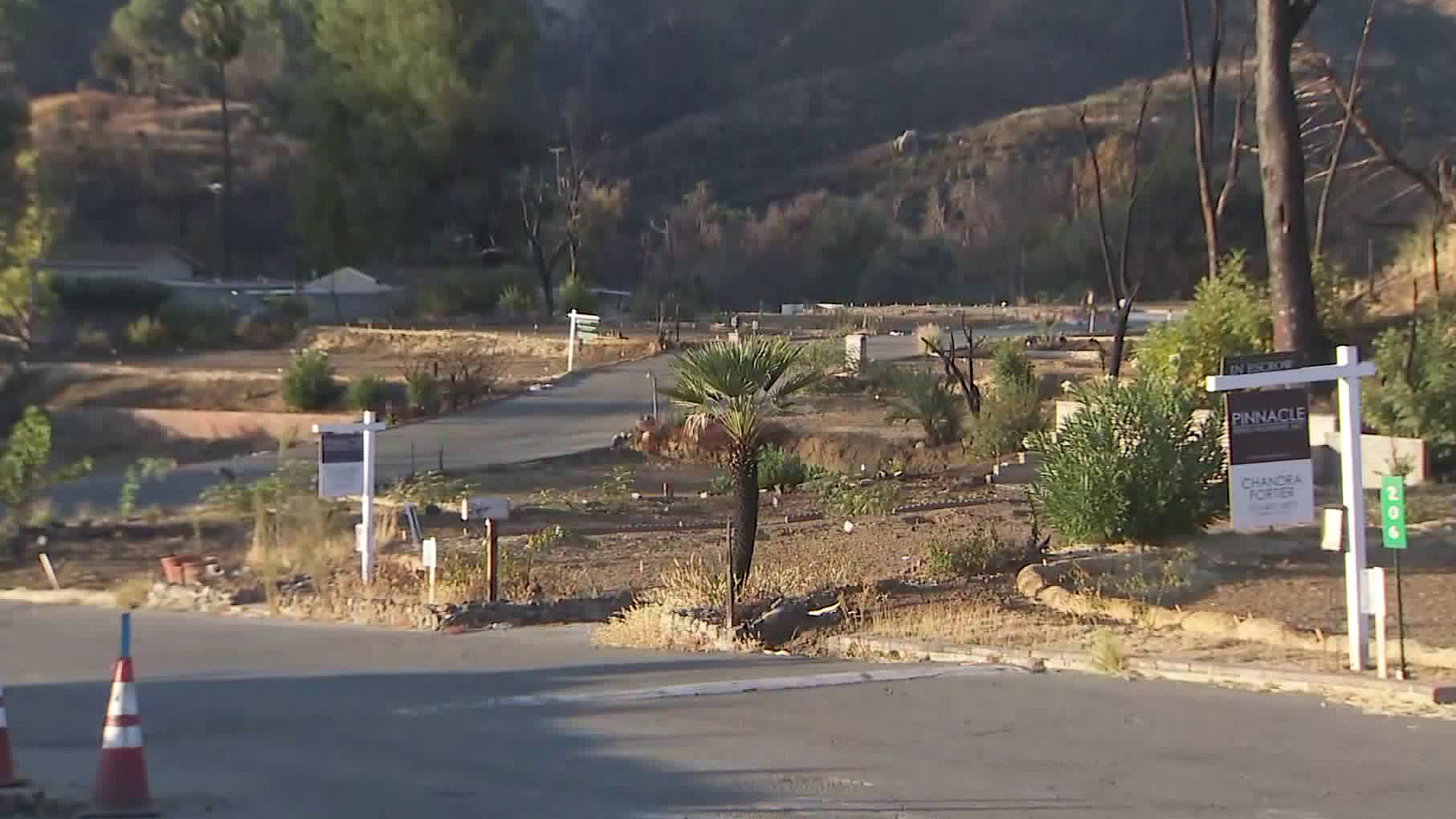 The Seminole Springs Mobile Home Park remains empty on Nov. 8, 2019, one year after the Woolsey Fire. (Credit: KTLA)