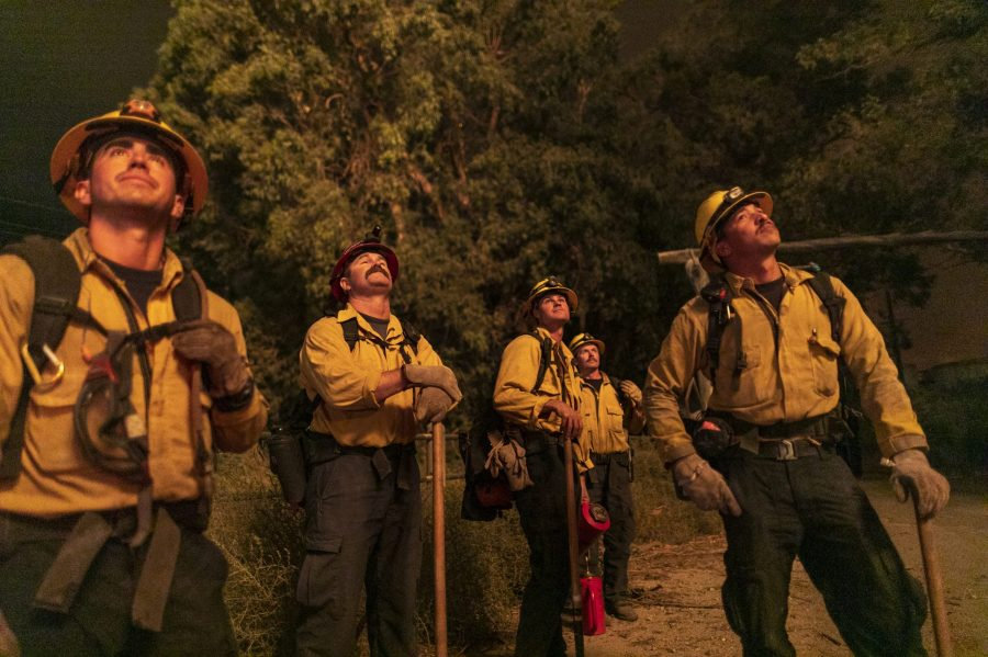 Firefighters watch the progress of a backfire they are setting at the Maria Fire on Nov. 1, 2019 near Somis. (Credit: David McNew/Getty Images)