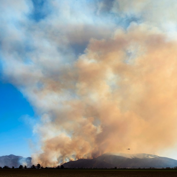 The Maria Fire is seen burning in the hills above the town of Santa Paula Oct. 31, 2019. in Ventura, California. (Credit: Brent Stirton/Getty Images)