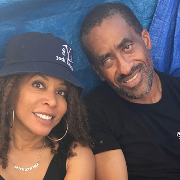 Shawn Pleasants noticed the Yale logo on Kim Hershman's hat when they met on a Los Angeles street.(Credit: Kim Hershman)
