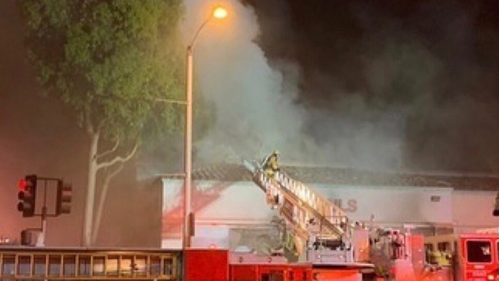 A woman was critically injured when a fire tore through a Pico Rivera strip mall on Nov. 13, 2019. (Credit: Los Angeles County Fire Department)