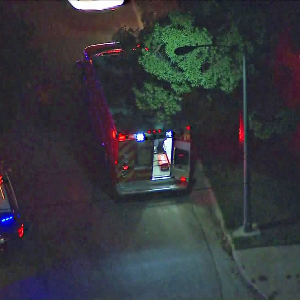 Police investigate a shooting that took place along Navarro Avenue in Pasadena on Nov. 1, 2019. (Credit: KTLA)