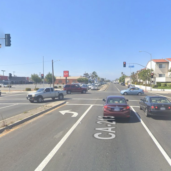 The intersection of Western Avenue and 220th Street in Torrance, as viewed in a Google Street View image.