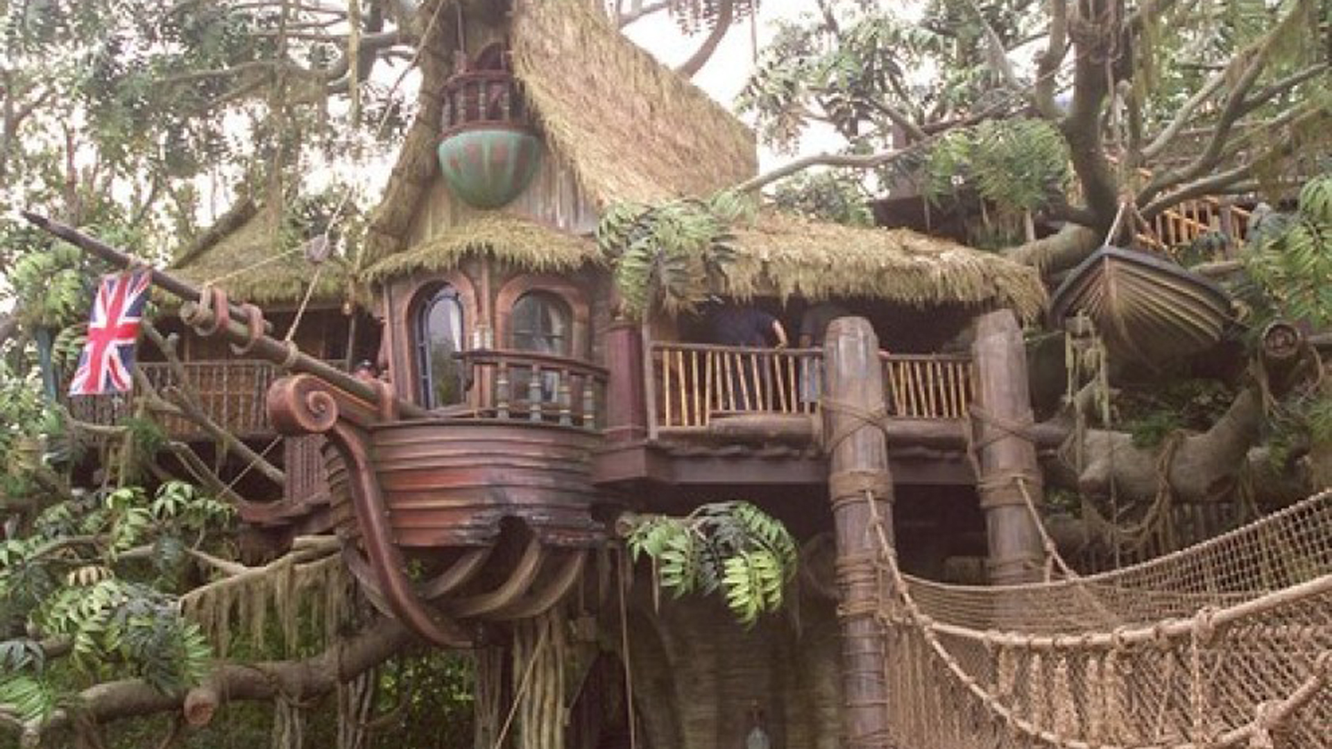 Tarzan's Treehouse at Disneyland was closed Sunday evening after a wooden slat on the attraction's bridge broke. (Credit: Robert Lachman / Los Angeles Times)