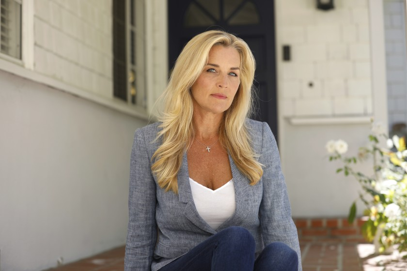 Sports reporter Jill Arrington has struggled to find work since being dismissed by KCBS-TV, a CBS network-owned station in Los Angeles. In December 2019, She publicly accused the company of paying her significantly less than her male counterparts. (Credit: Carolyn Cole / Los Angeles Times)