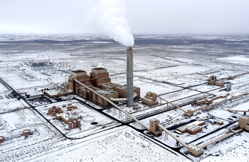 The coal-burning Intermountain Power Plant outside Delta, Utah, produced nearly one-fifth of Los Angeles' electricity supply in 2018. It's scheduled to close by 2025.(Credit: Luis Sinco / Los Angeles Times)