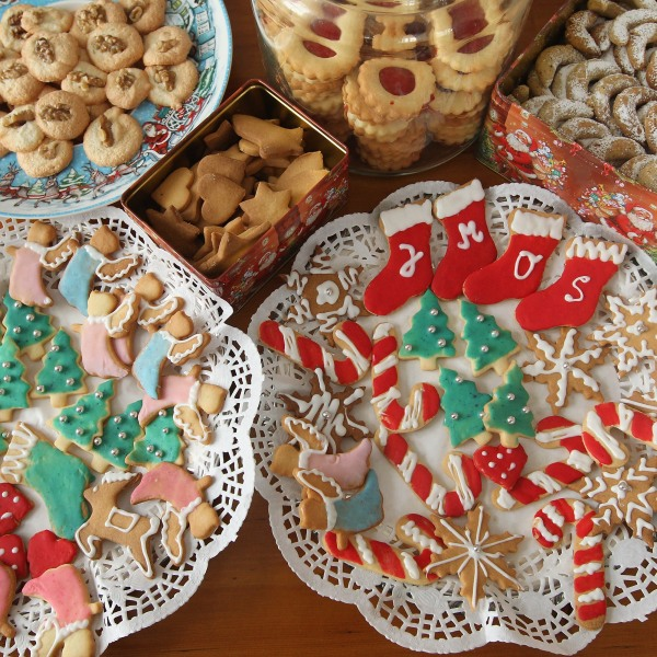 Christmas cookies are seen in this file photo. (Credit: Sean Gallup/Getty Images)