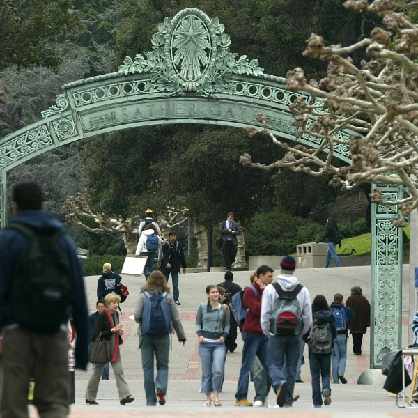 Students walk near Sather Gate on the University of California at Berkeley campus Feb. 24, 2005 in Berkeley. (Credit: Justin Sullivan/Getty Images)