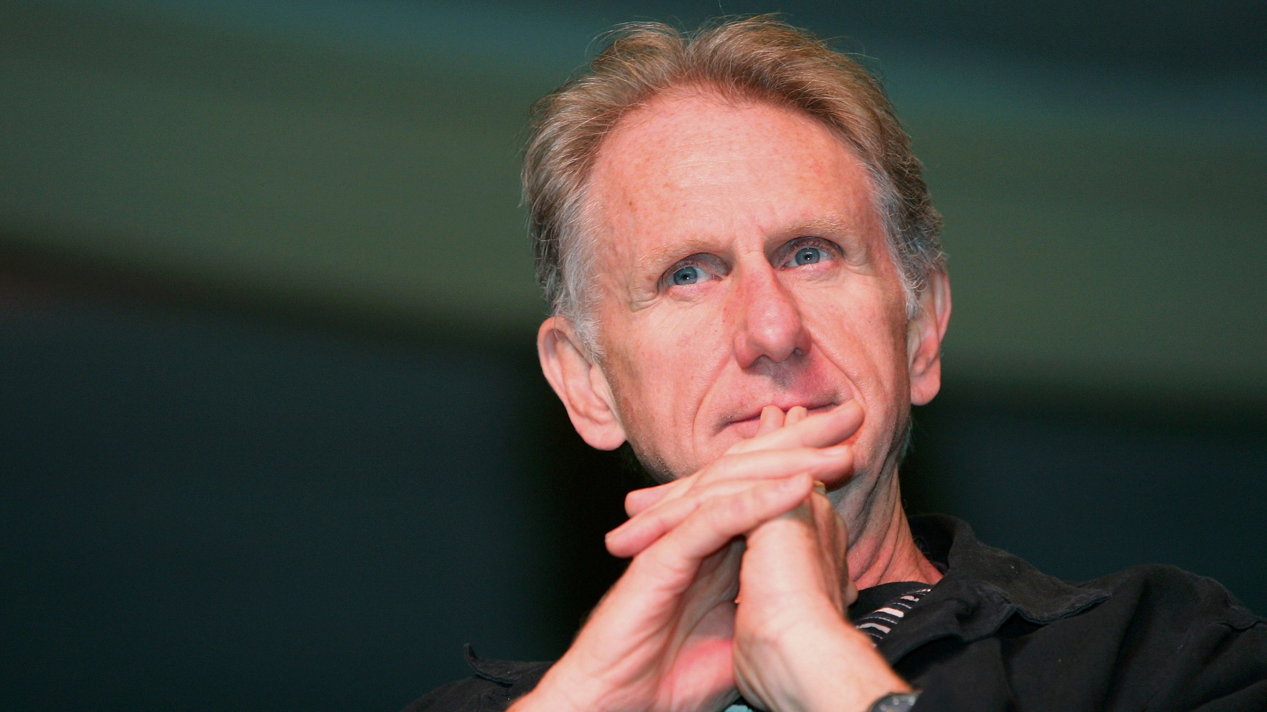 Actor Rene Auberjonois appears at the Star Trek convention at the Las Vegas Hilton on Aug. 14, 2005, in Las Vegas, Nevada. (Credit: Ethan Miller/Getty Images)