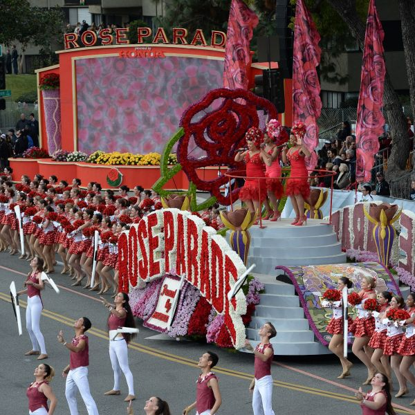 The 2017 Rose Parade in Pasadena. (Credit: Robyn Beck/AFP via Getty Images)