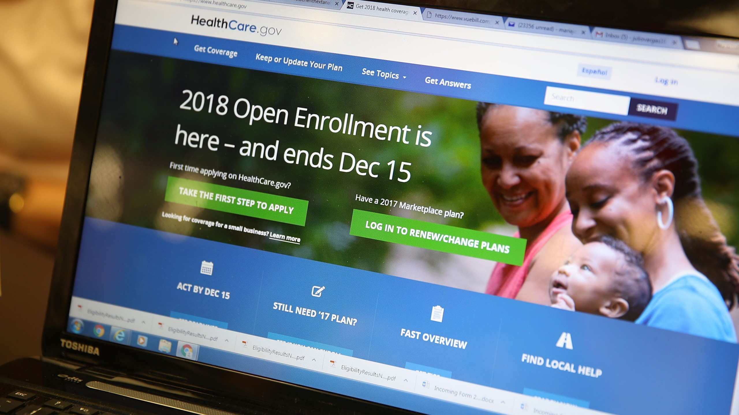 A computer screen shows the enrollment page for the Affordable Care Act on Nov. 1, 2017 in Miami. (Credit: Joe Raedle/Getty Images)