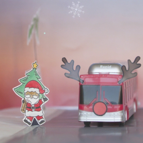 A graphic on Metro's website advertises free rides on Christmas Eve and New Year's Eve.
