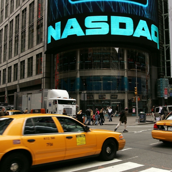 The NASDAQ MarketSite in Times Square is seen November 20, 2006 in New York City. (Credit: Spencer Platt/Getty Images)