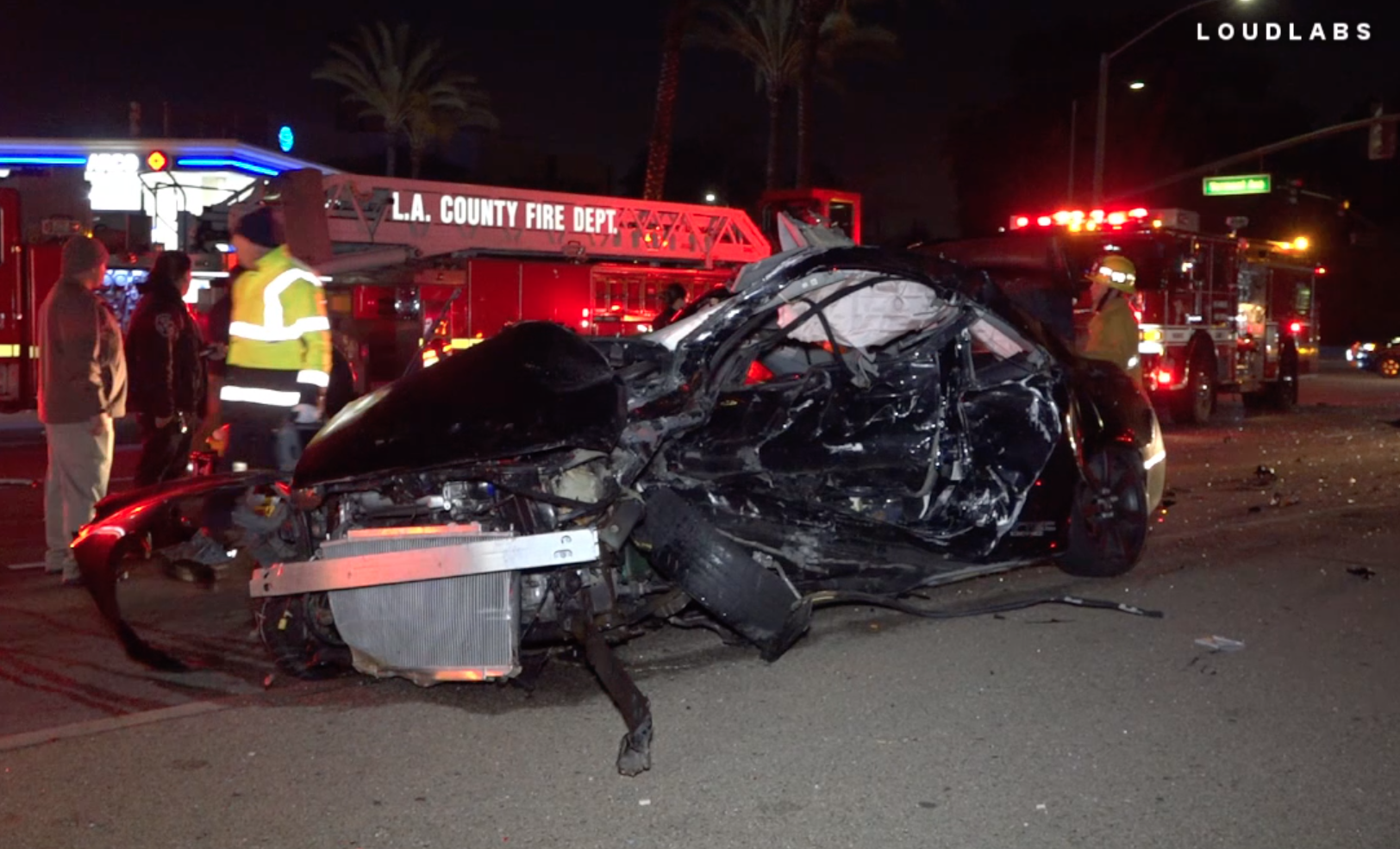 A deadly collision in Gardena left a vehicle mangled on Dec. 29, 2019. (Credit: Loudlabs)