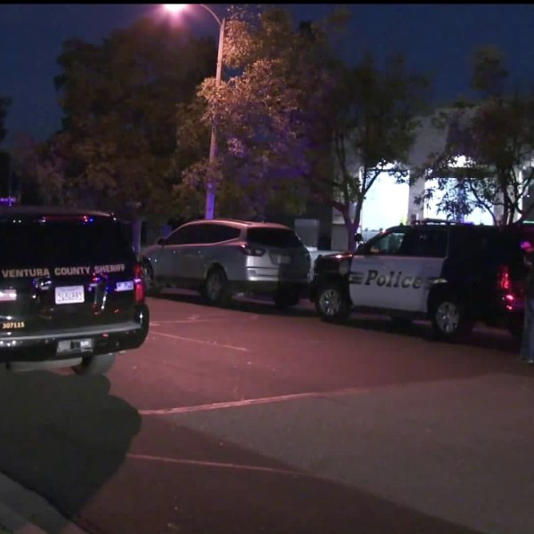 Detectives investigate the fatal shooting of a man at a self storage facility in Moorpark on Jan. 3, 2020. (Credit: KTLA)