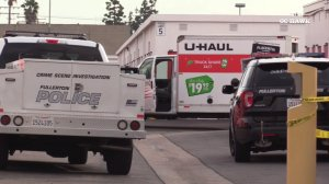 Authorities respond to a body discovered in the back of a U-Haul vehicle in Fullerton on Jan. 8, 2020. (Credit: OC Hawk)