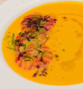 Chilled golden beet soup at the Golden Globes Annual Menu Unveiling on Dec.16, 2019. (Credit: Rodin Eckenroth/Getty)