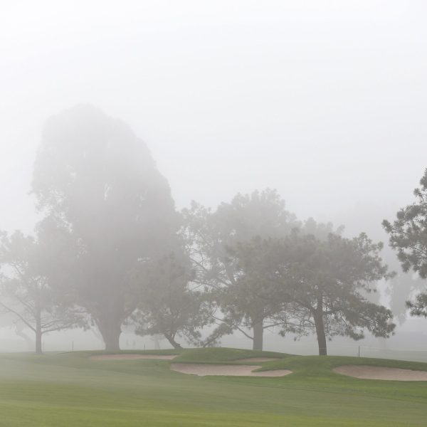 Heavy fog hangs over a golf course on Feb. 5, 2015, in La Jolla, California. (Credit: Todd Warshaw/Getty Images)