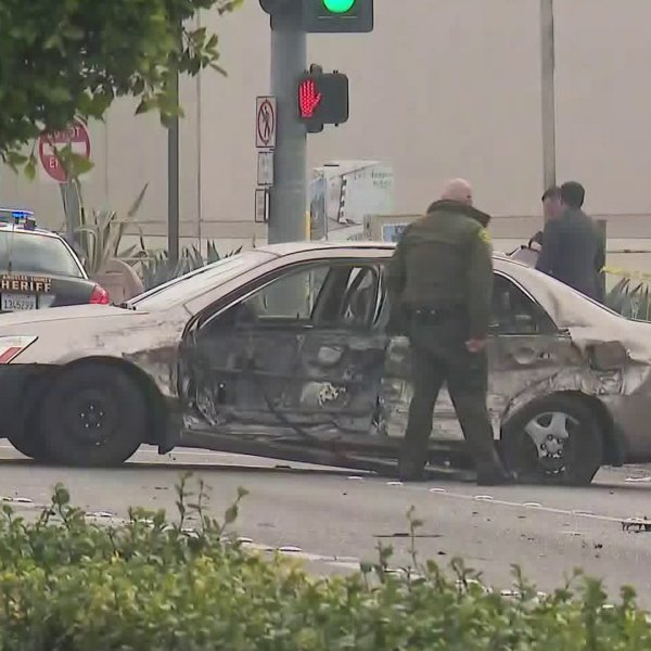 Two deputies crash into a car in Paramount on Jan. 16, 2020. (Credit: KTLA)