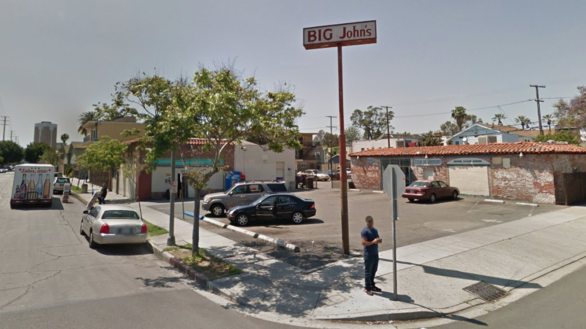 Big John's Liquor in Long Beach is seen in a Google Maps Street View image.