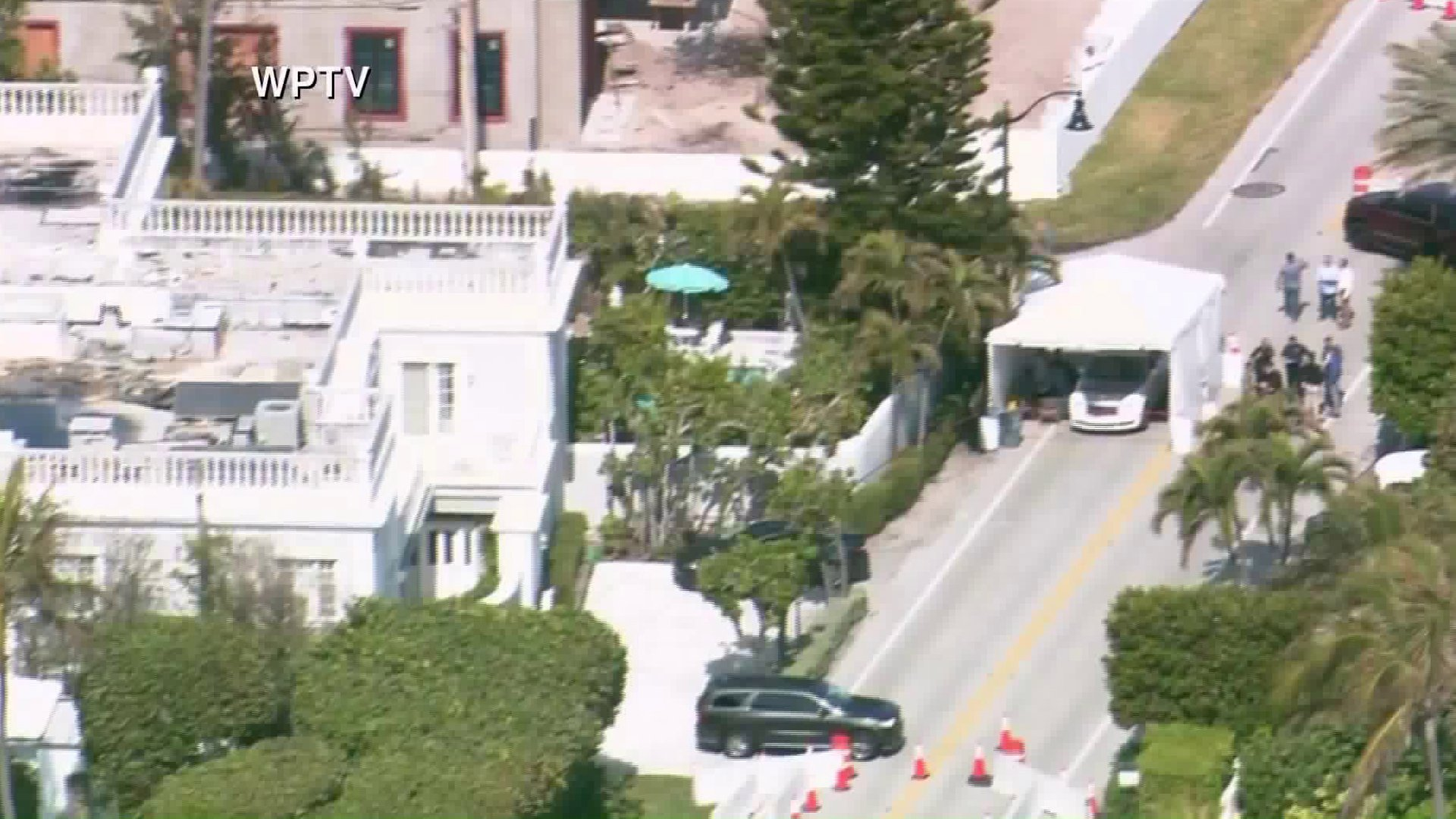Law enforcement responded to Mar-a-Lago resort in Palm Beach, Florida, on Jan. 31, 2020. (Credit: WPTV)