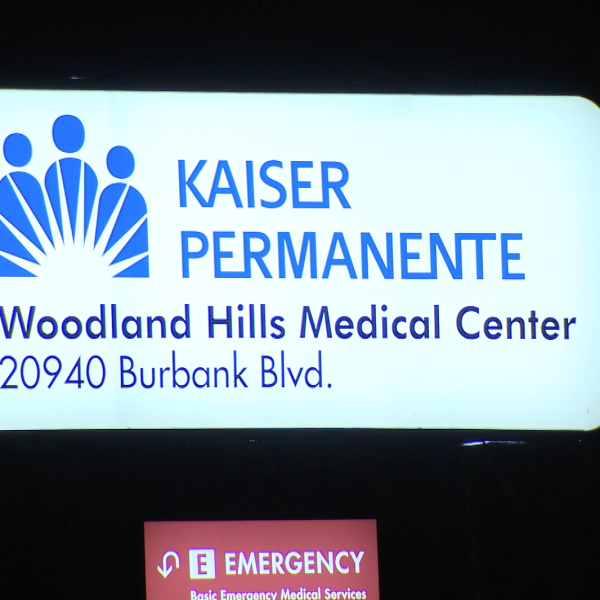 The Kaiser Permanente Woodland Hills Medical Center is seen in this photo in January 2020. (Credit: KTLA)