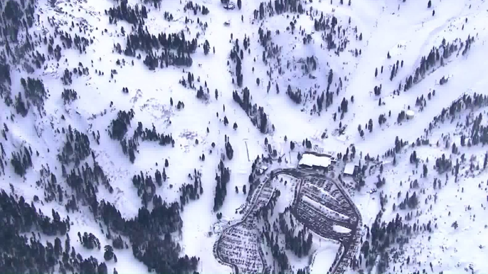 A view of Squaw Valley Alpine Meadowd resort on Jan. 17, 2020. (Credit: KCRA)