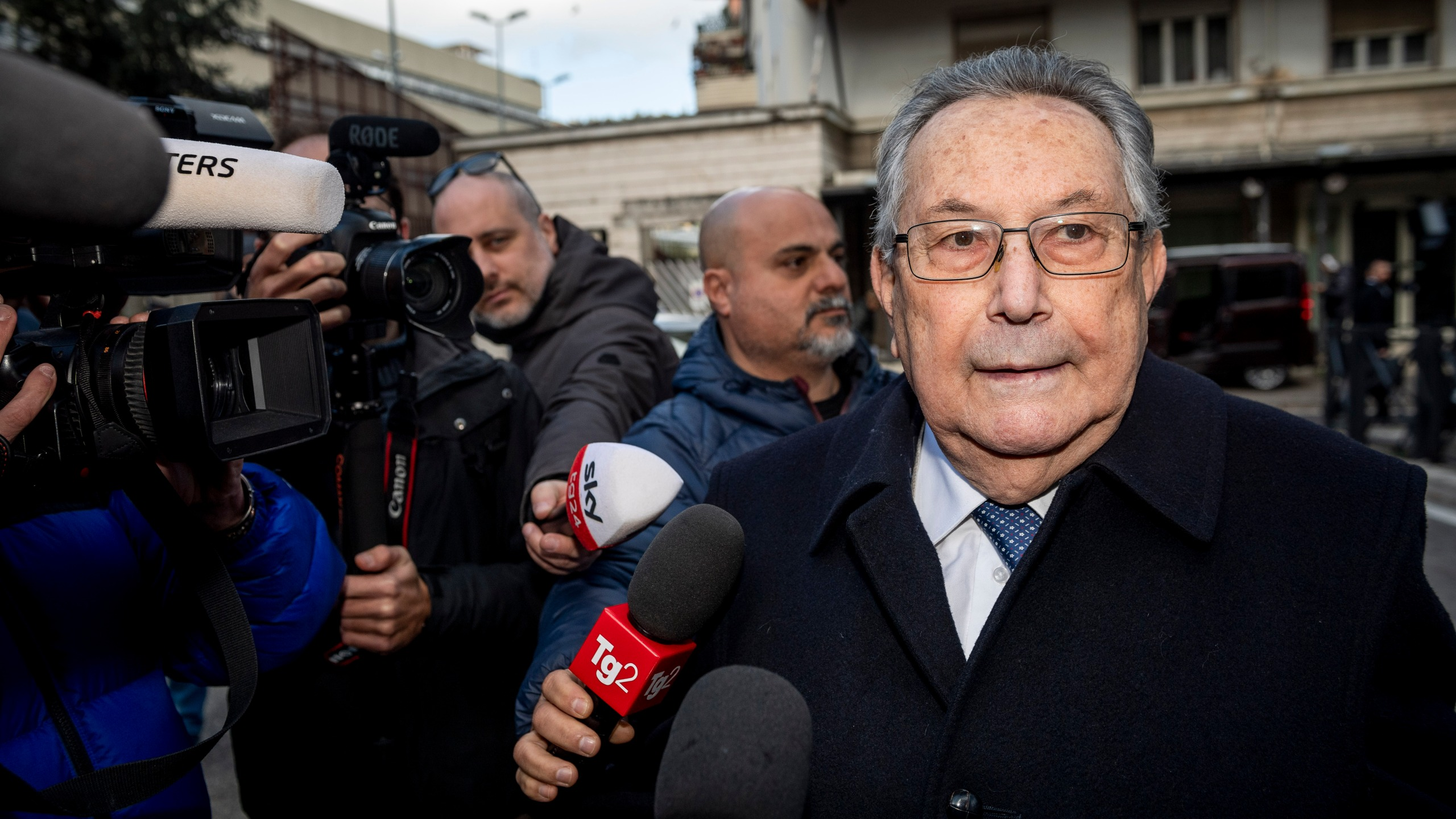 Franco Coppi, lawyer of Mario Cerciello's family, talks to media in Rome on Feb. 26, 2020, as the trial begins for two California men accused in the officer's death. (Credit: Antonio Masiello / Getty Images)