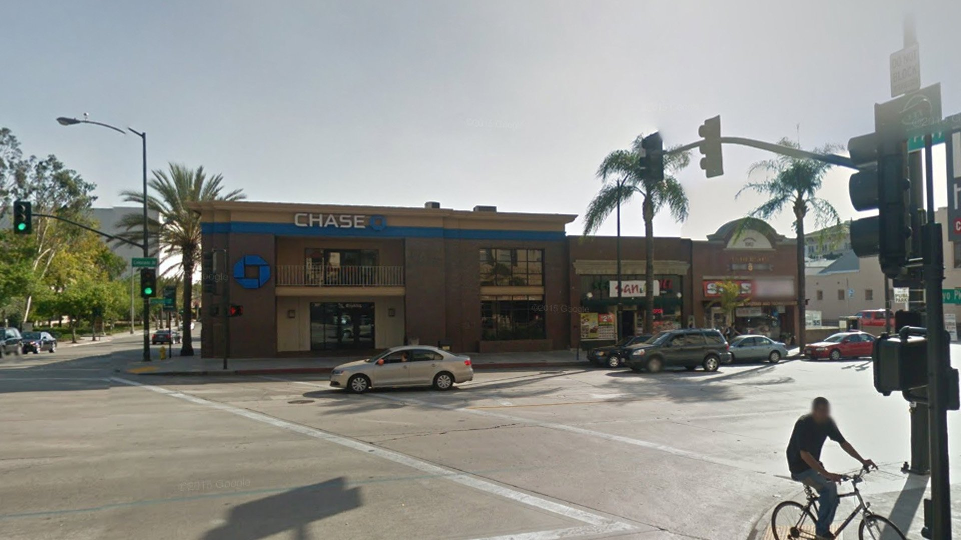 The Chase Bank located at 132 E. Colorado Bl. in Pasadena is seen in an image from Google Maps.