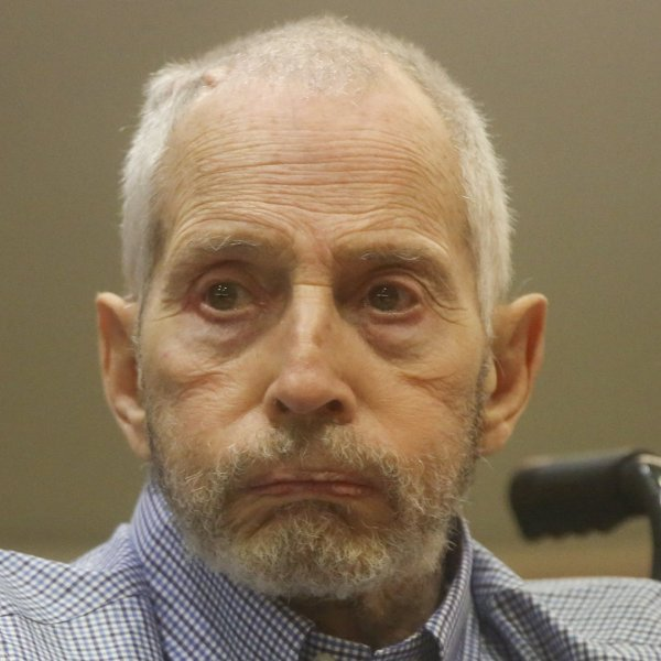 New York real estate scion Robert Durst appears in the Los Angeles Superior Court Airport Branch for a pretrial hearing on Jan. 6, 2017. (Credit: Mark Boster / AFP / Getty Images)