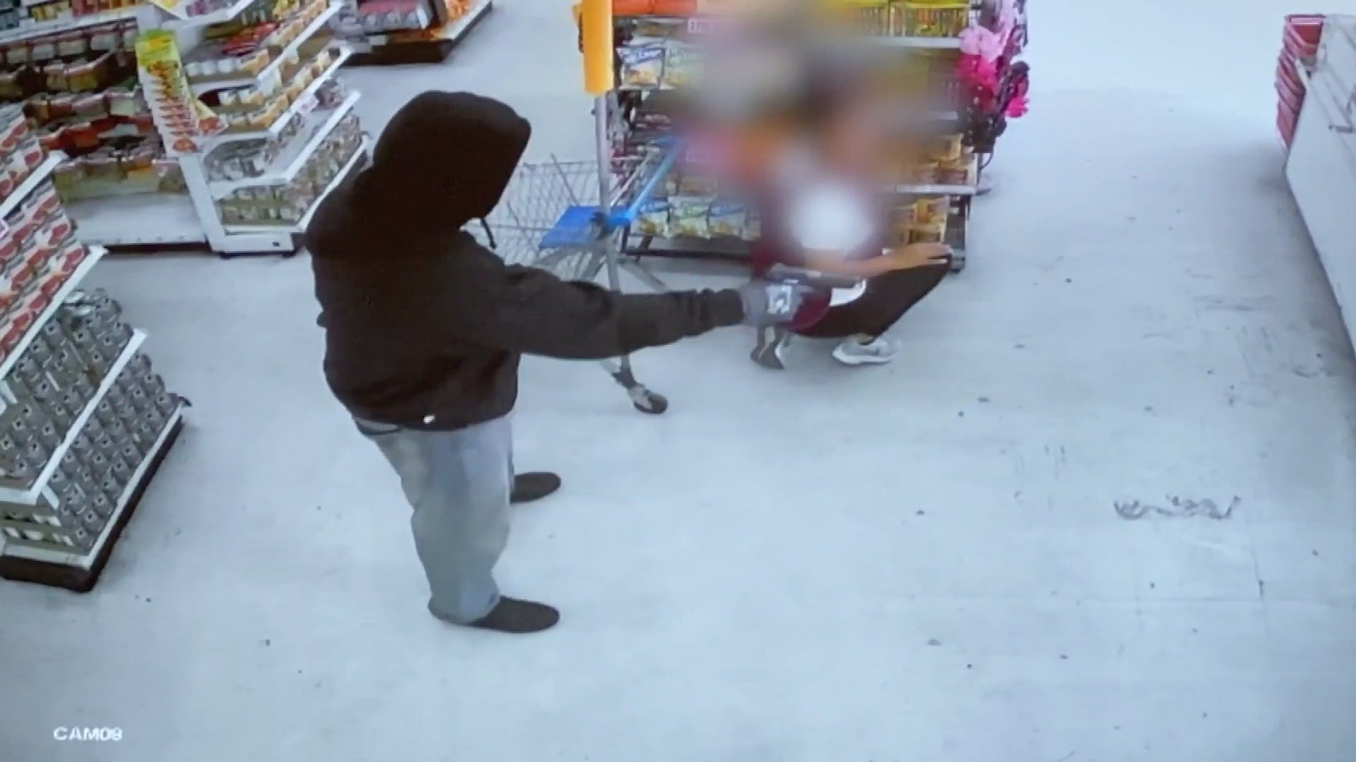 Andres Guardado Video Porno video: gunman holds up discount store in east l.a.   ktla