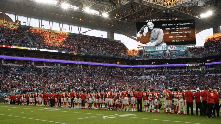 A tribute to late NBA legend Kobe Bryant, his daughter Gianna and the seven others who died along with them in a helicopter crash is shown on a screen during Super Bowl LIV between the Kansas City Chiefs and the San Francisco 49ers at Hard Rock Stadium in Miami Gardens, Florida, on February 2, 2020. (Credit: Timothy A. Clary/AFP/Getty Images)