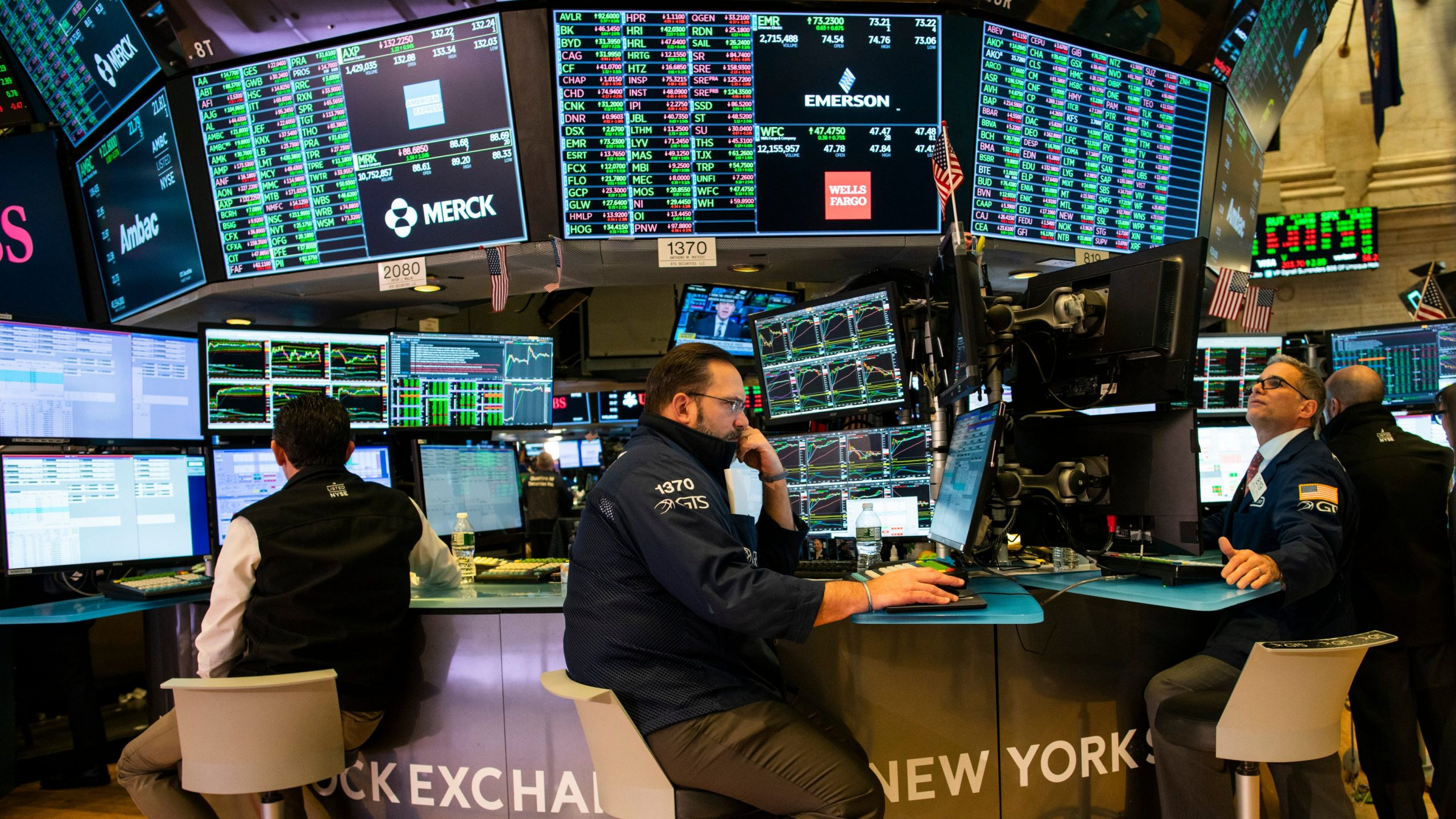 Traders work on the floor of the New York Stock Exchange (NYSE) on Feb. 4, 2020, in New York City. (Credit: Eduardo Munoz Alvarez/Getty Images)