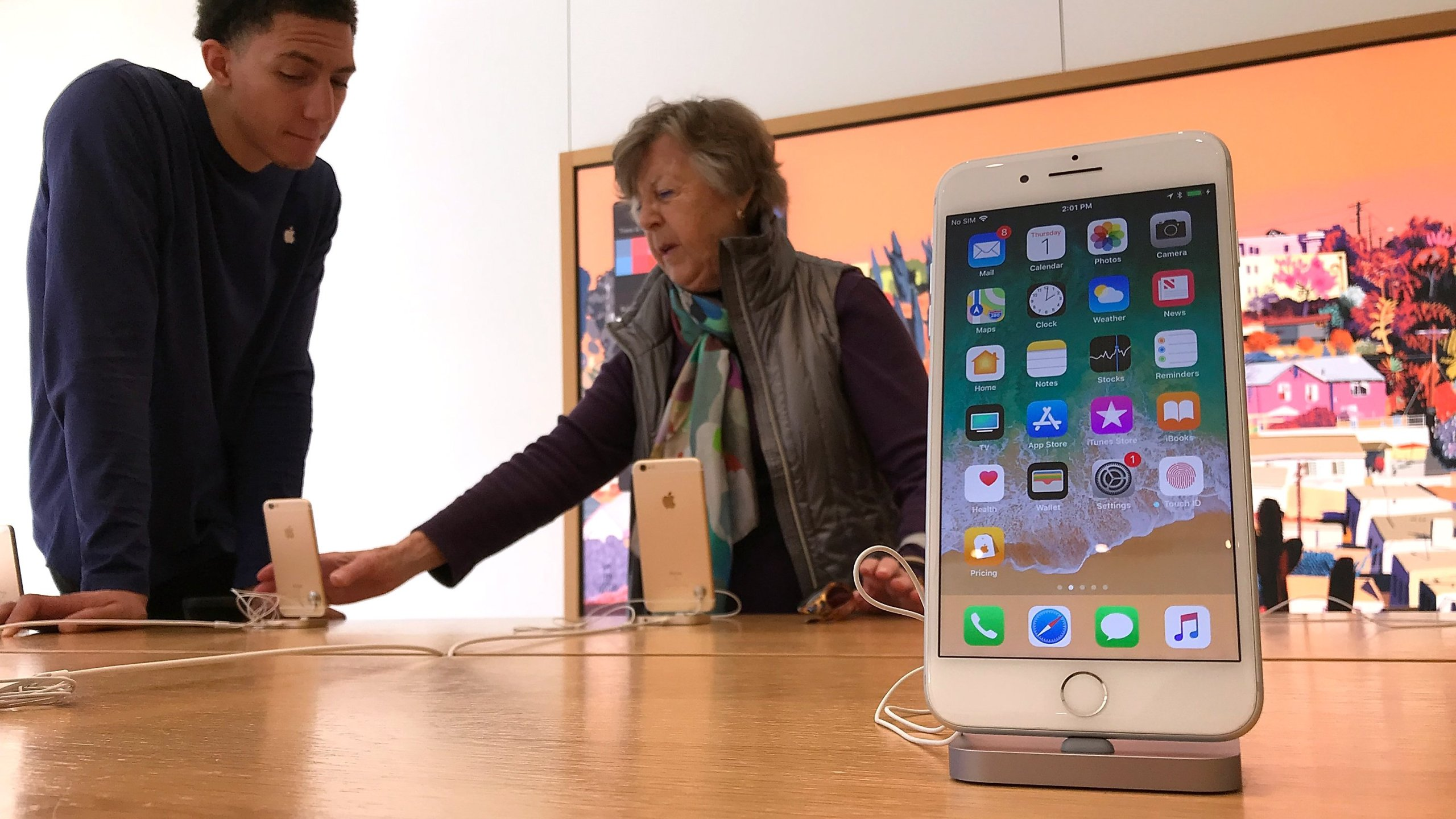 An iPhone is displayed at an Apple Store on Feb. 1, 2018 in Corte Madera, California. (Credit: Justin Sullivan/Getty Images)