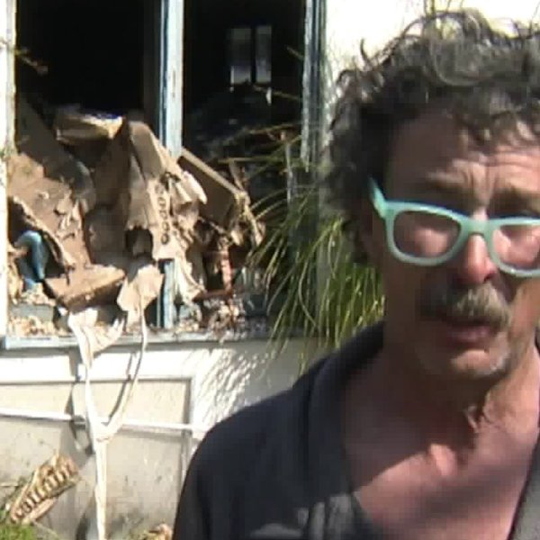 George Contreras speaks to KTLA on Feb. 14, 2020, about losing his dog and home in a devastating fire in Burbank the night before. (Credit: KTLA)