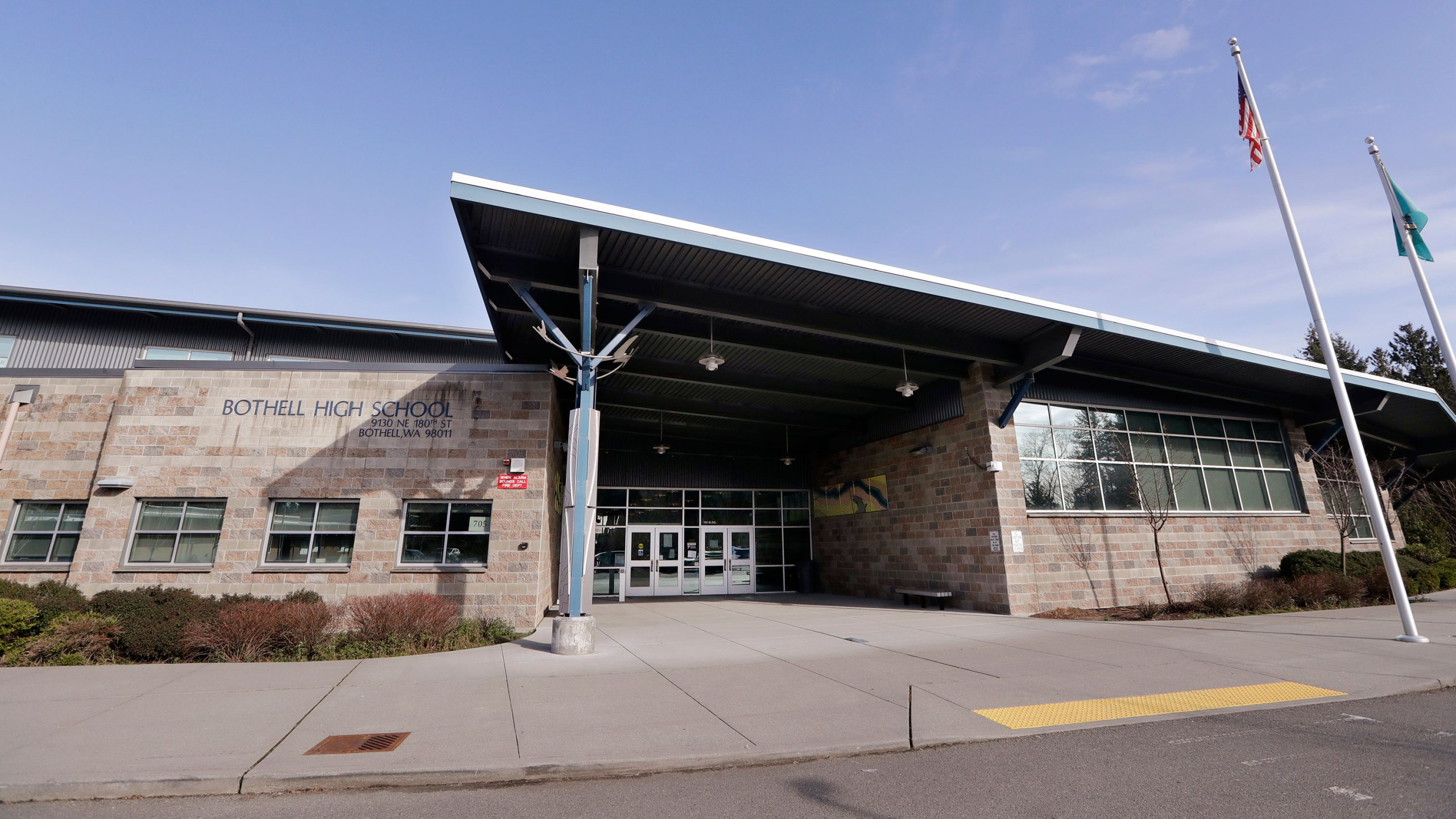Bothell High School stands closed for the day on Feb. 27, 2020. (Elaine Thompson/AP via CNN Wire)