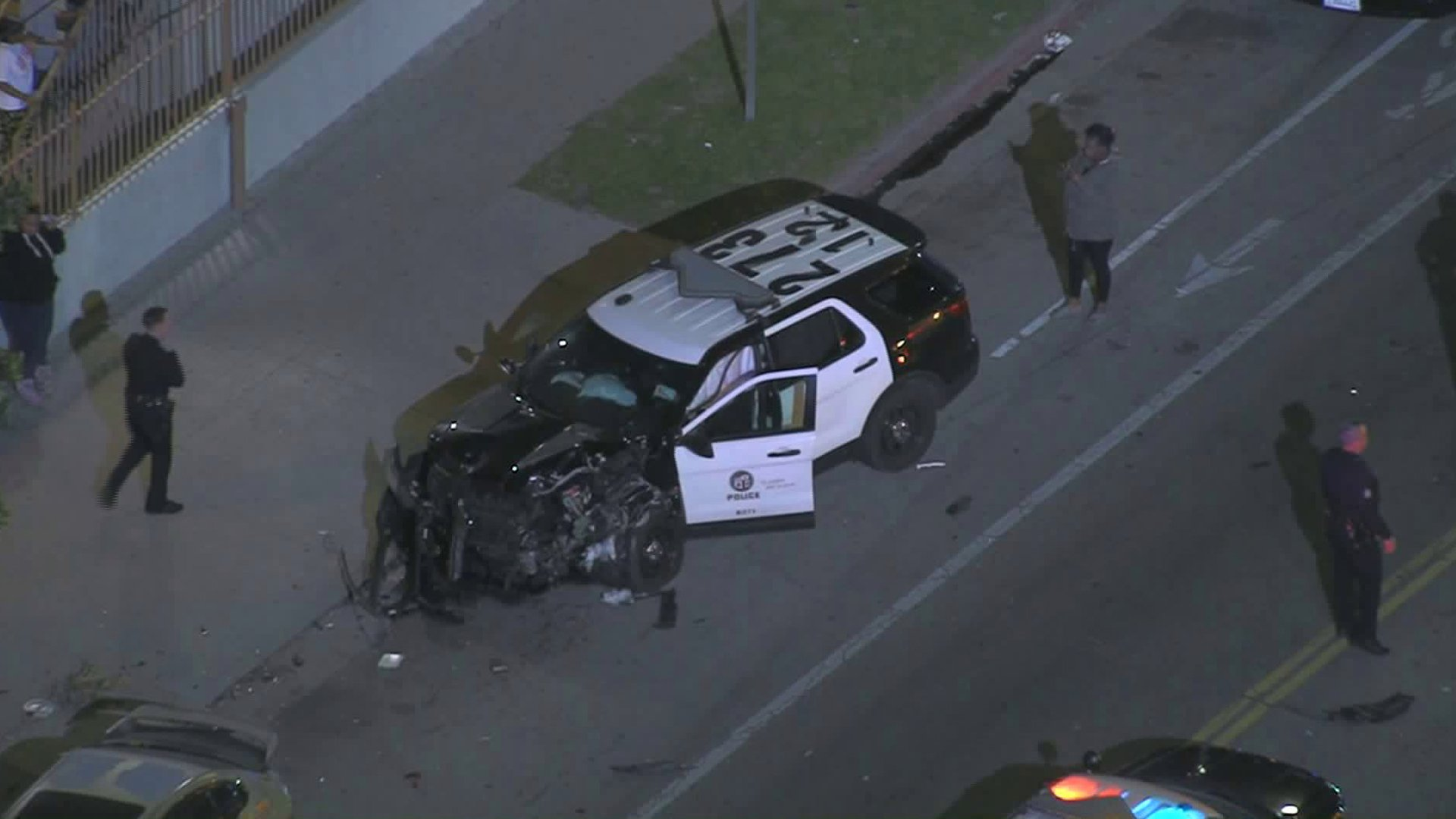 A Los Angeles Police Department SUV that sustained significant damages in a crash is seen in South L.A.'s Florence neighborhood on Jan. 31, 2020. (Credit: Sky5)
