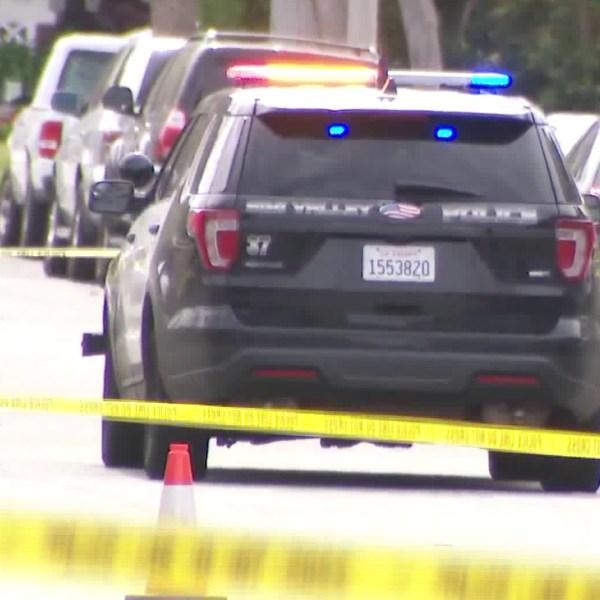 Police respond to a homicide scene in Simi Valley on Feb. 27, 2020. (KTLA)