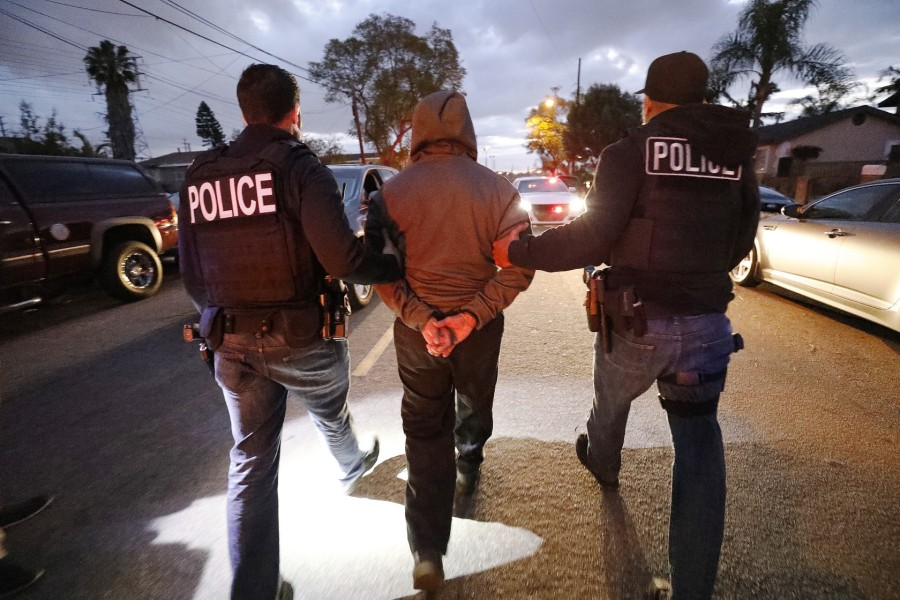 About a dozen immigration agents took part in the raids on March 16, 2020 amid the novel coronavirus pandemic. (Al Seib/Los Angeles Times)