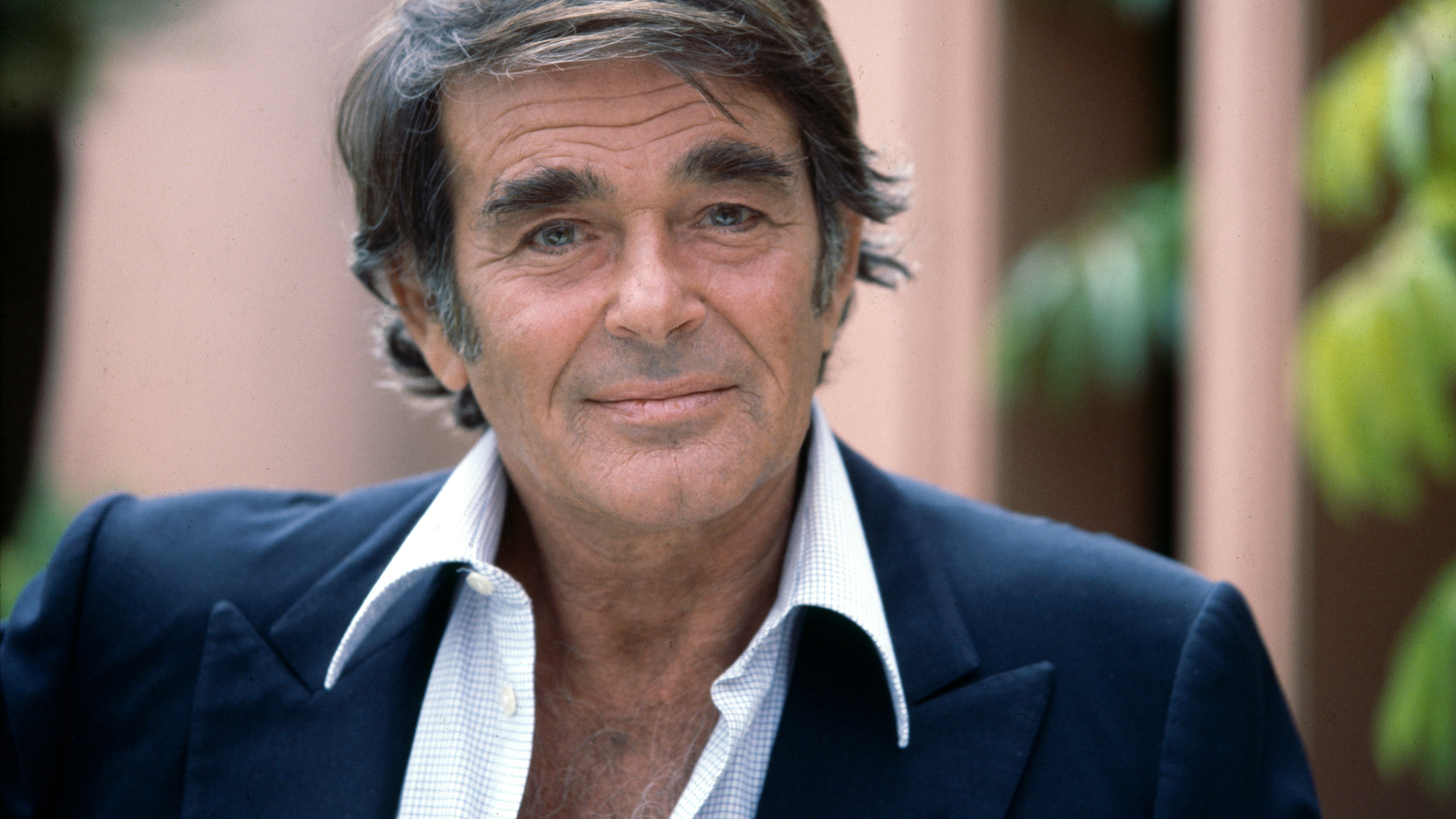 Stuart Whitman appears in a photo taken sometime during the 1970s. (CBS via Getty Images)