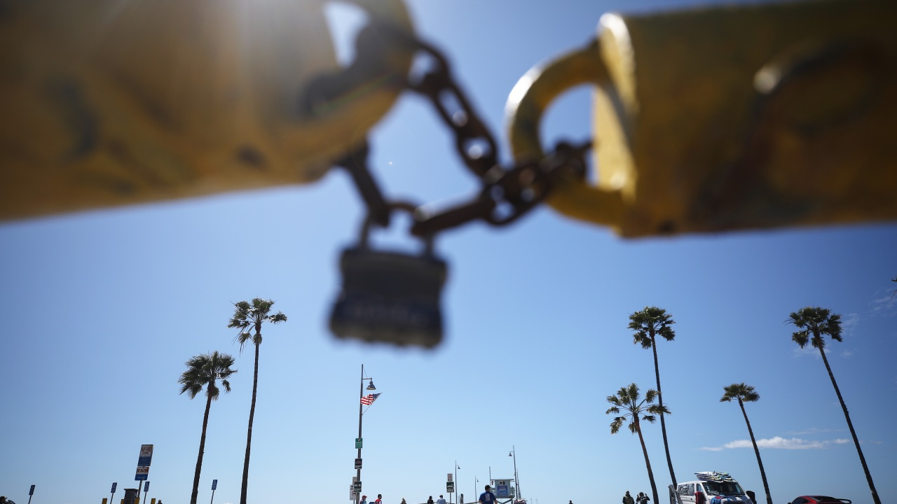 All L.A. County beaches closing to curb spread of coronavirus