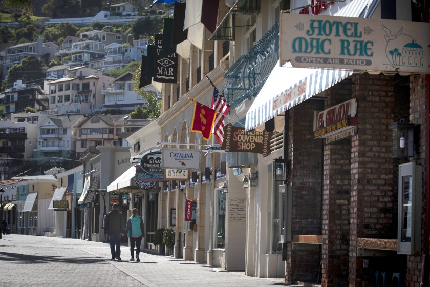 A quiet early morning in Avalon. In March 2020, officials placed a 45-day moratorium on cruise ships visiting the island due to COVID-19. (Francine Orr / Los Angeles Times)